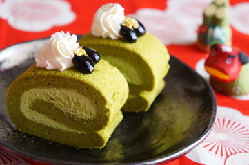Matcha Green Tea Roll Cake
