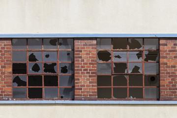 alte kaputte Fenster © Matthias Buehner