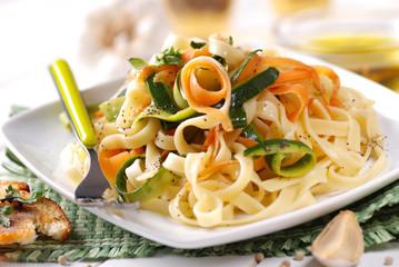tagliatelle con verdure assortite
