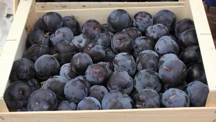 Caisse de prunes