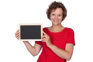 Lachende Frau mit leerer Tafel