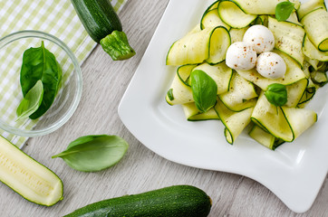 Zucchini salad with basil and mozzarella