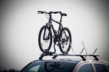 Mountainbike auf dem Fahrradträger