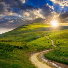 """Постер, картина, фотообои """"mountain path uphill to the sky at sunset"""""""