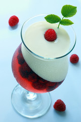 Cold raspberry panna cotta