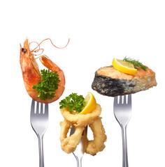 Meeresfrüchte auf Gabeln