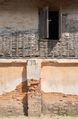 window on a wall at chiangkhan