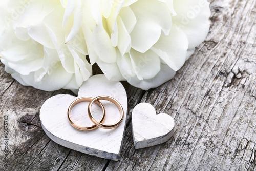 Weiße Herzen & Eheringe