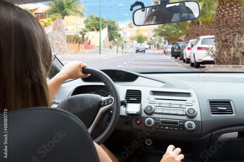 kobieta jazdy samochodem