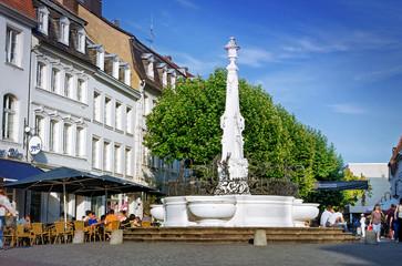 Saarbrücken, Saarland Brunnen am St. Johanner Markt