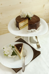 Souffle Cake with chocolate glaze
