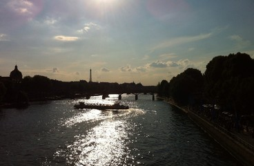 Sunny evening in paris