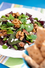 salad with caramelized nuts