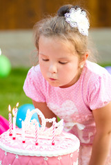 Little girl celebrate her birthday
