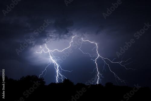 Lightning Bolt Strike - 68110930
