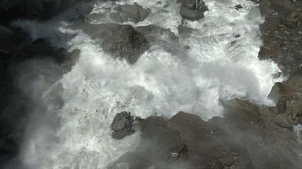Cascade Montagne 04