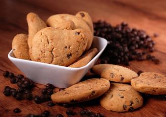 biscotti frollini con gocce di cioccolato
