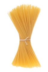 zusammengebundene Spaghetti isoliert