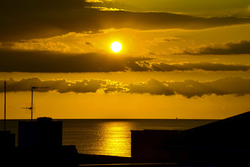 tramonto in silhouette