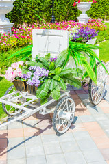 flower trolley