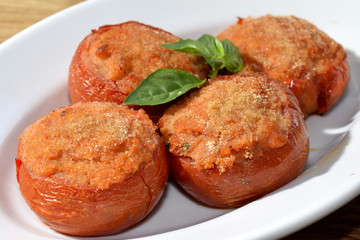 stuffed and gratinéed tomatoes