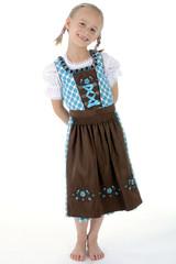 Kleines Mädchen in Dirndl zum Oktoberfest