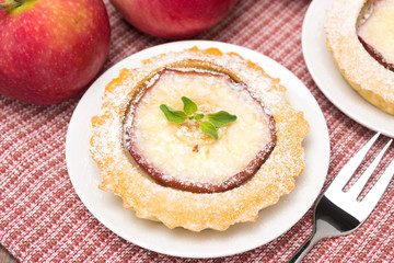 tartlet with apple, top view