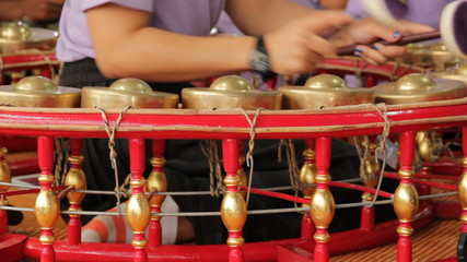she playing Gong Wong musical Thailand Traditional