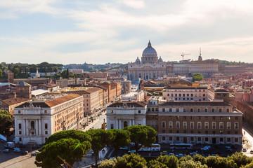 Luftansicht von Rom mit dem Petersdom
