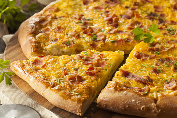 Homemade Breakfast Pizza with Bacon