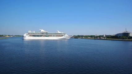 HD - Passenger ships in seaport. timelapse