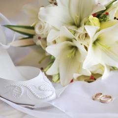 different bride accessories