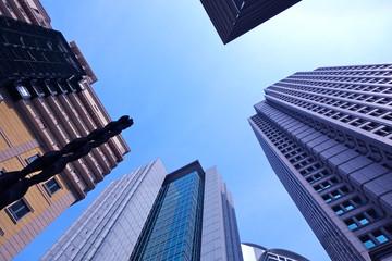 OSAKA GARDEN CITY 都会のビルと空