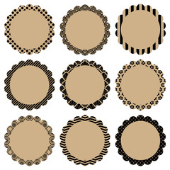 Retro Pattern Flower Label Beige/Black