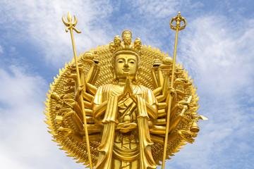 golden quan yin thousand hands buddhist goddess of mercy statue