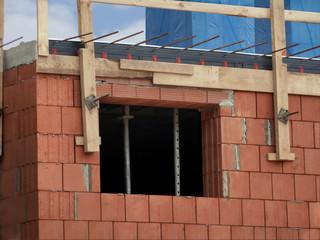Baustelle mit Fenster