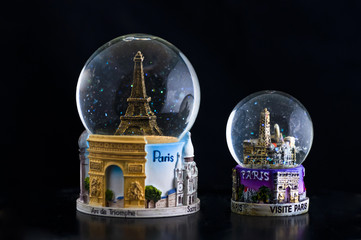 paris snow globes