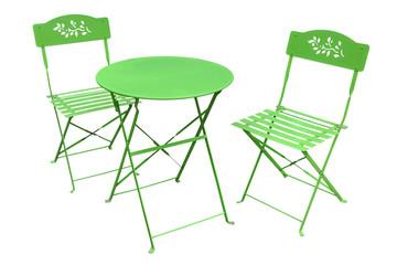 table de jardin et chaises vertes
