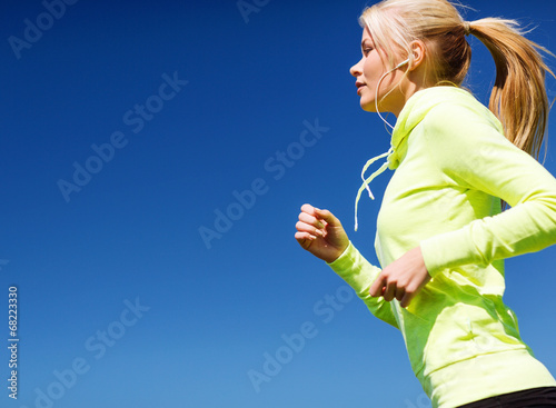 canvas print picture woman doing running outdoors