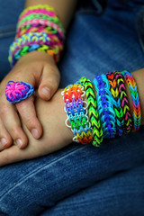 loom bands mains jean 2