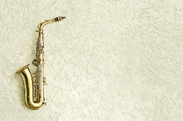 Saxophon mit Freiraum