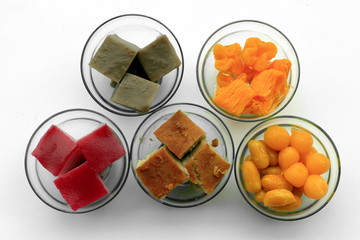 A set of colorful traditional Thai desserts