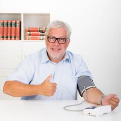 erfolgreich den blutdruck kontrollieren