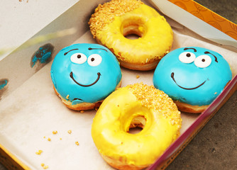 Весёлые пончики