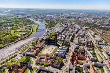 Luftbild Stadt+Fluss