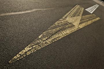 Linien – Tempelhofer Feld