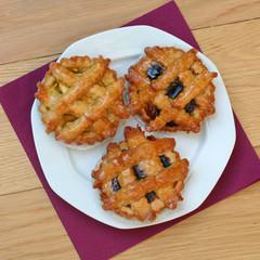 crostatine di frolla e marmellata_ dolci