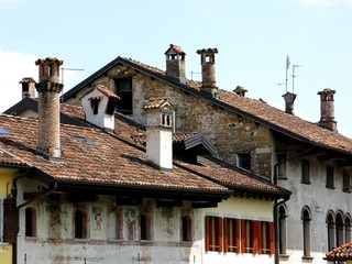 Old Houses Chimneys Tiles