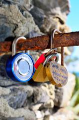 padlocks and love