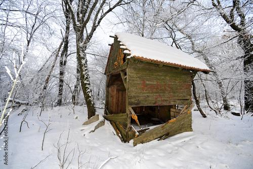 canvas print picture Holzhütte im Schnee